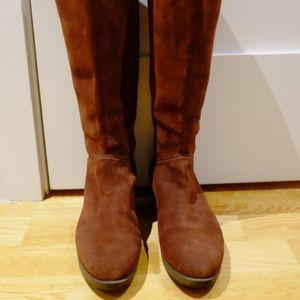Johnston & Murphy Brown 7.5 Waterproof Suede Boots